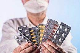 """ARSTITEADLANE SELGITAB: """"Nende ravimite hulgas, mis ka midagi head teevad, päris ohutuid ei ole."""""""