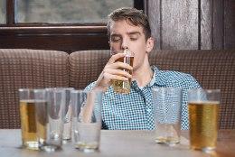 ALKOHOL MEELDIB AINA ENAM? Need neli eluhetke ajavad eriti kergesti jooma