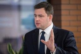 Eesti Swedbanki juht Robert Kitt jäi sisejuurdluse tõttu töökohast ilma