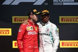 MÜTS MAHA! Lewis Hamilton astus põlise konkurendi kaitseks välja: inimeste mälu kipub lühike olema