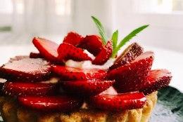 BLOGI   Kitsejuustukreemiga maasikakorvikesed