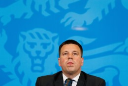 Bloomberg Vaheri-EKRE skandaalist: Eesti valitsus on kokkuvarisemise äärel