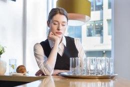 Õuduslood noorte töökogemustest: toidumürgitus pole vabandus ja eksimused palgast maha!