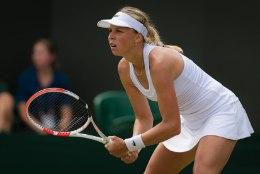 Säravast Anett Kontaveidist sai Toronto turniiri reklaamnägu, avaringis ootab Venemaa tenniselegend