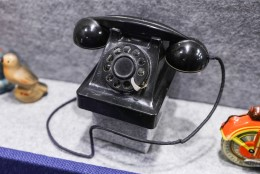 Lugejakiri: ahistaja helistab pidevalt mu töötelefonile