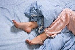 EBAMEELDIDIV SURIN JA VALU? Neuroloog selgitab, mis aitab rahutute jalgade vastu