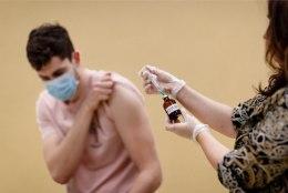Esmaspäevast hakkavad USA kodanikud koroonavaktsiini saama