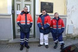 FOTOD   Eesti rannikuvetes uppus Vene kalapüügilaev. Päästetud kalurid: loodame juba homme koju saada