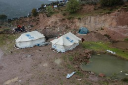 SALAMISI: Türgi sokutab pagulasi Kreekasse