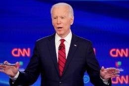 Joe Biden eitas ahistamissüüdistusi, mis võivad osutuda presidendivalimistel saatuslikuks