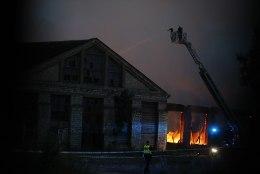 VIDEO JA FOTOD   Põhja-Tallinnas möllas suur tulekahju