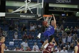 FOTOD | Korvpallikoondis tõmbas ka Lätile koti pähe!