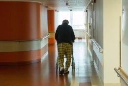 Tüli riiklikus hooldekodus: töötajad võitlevad õiglase palga ja inimliku töögraafiku eest