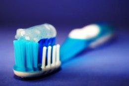 TIIU TESTIB | Looduslike fluorita hambapastade seas leidub pärleid