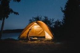 Viis lihtsat soovitust, mis toovad telgis magades hea une