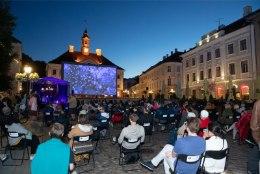 GALERII | Tartus alanud armastusfilmide festivali saab esmakordselt külastada ka virtuaalselt