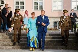 FOTOD | Presidendi roosiaia vastuvõtukleit oli täiesti taaskasutatud