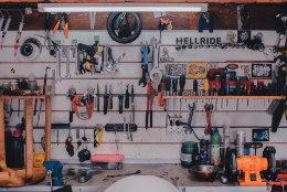 Kas leiad garaažist alati kõik vajaliku üles? Häid soovitusi, kuidas luua läbimõeldud hoiustamissüsteem