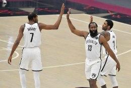 NBA suurimaks tiitlisoosikuks kerkinud Nets jätkab võidurelvastumist
