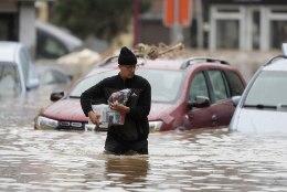 Üleujutused Lääne-Euroopas: surnud on vähemalt 33 inimest