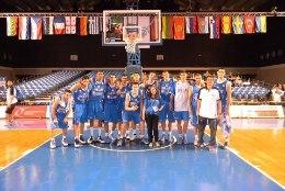 Eesti-reisil Giannis Antetokounmpot abistanud eestlanna: teised läksid pidutsema, tema jäi NBAks valmistuma