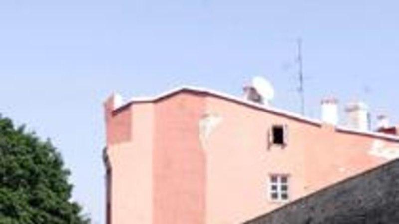 Linnamüüris on säilinud varem hävinuks peetud torn