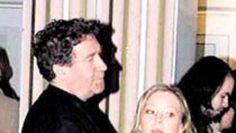Guido Kangur abiellus oma laste emaga