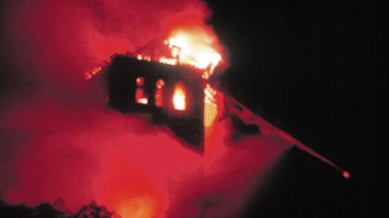 FOTOD | SALADUSLIK SÜTTIMINE: 1982. aastal põles Niguliste kirik