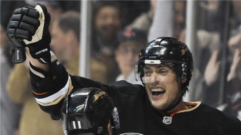 Selänne tõusis NHL-is Soome väravakuningaks