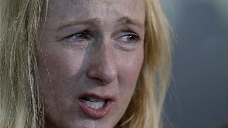 """""""40-aastase neitsi"""" näitleja mõisteti kallima pussitamises süüdi"""