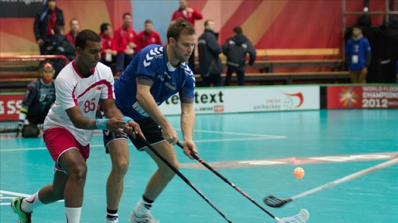 Saalihoki MM: Eesti alustas 13:2 võiduga Singapuri üle