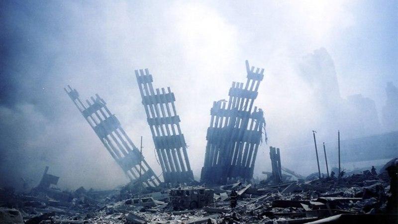 Ameerika režissöör: rahvale valetati. Kaksiktornid kukutas lõhkeaineplahvatus!