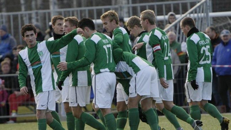 VÄRAVATESADU: FC Flora lõi karikasarjas Lootose võrku üheksa palli