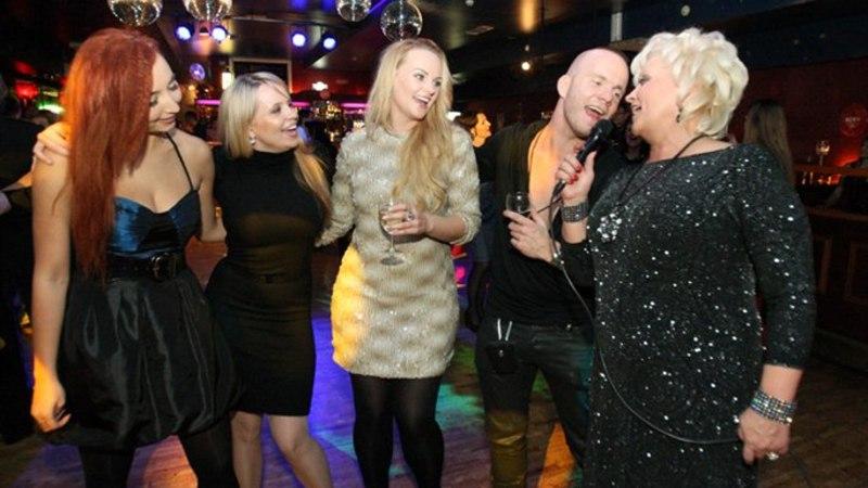 Raadio Elmar 15. sünnipäev: kuumad paarid ja äge tantsutrall