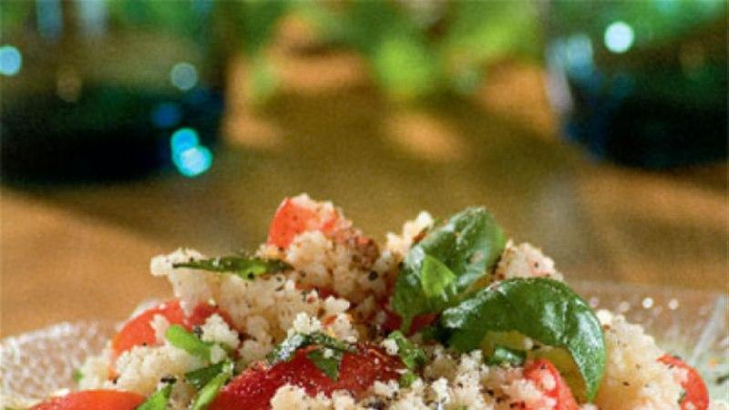 Kuskuss tomati ja basiilikuga