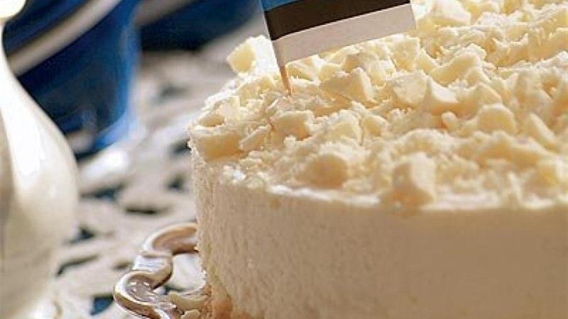 Valge šokolaadi ja toorjuustu tort