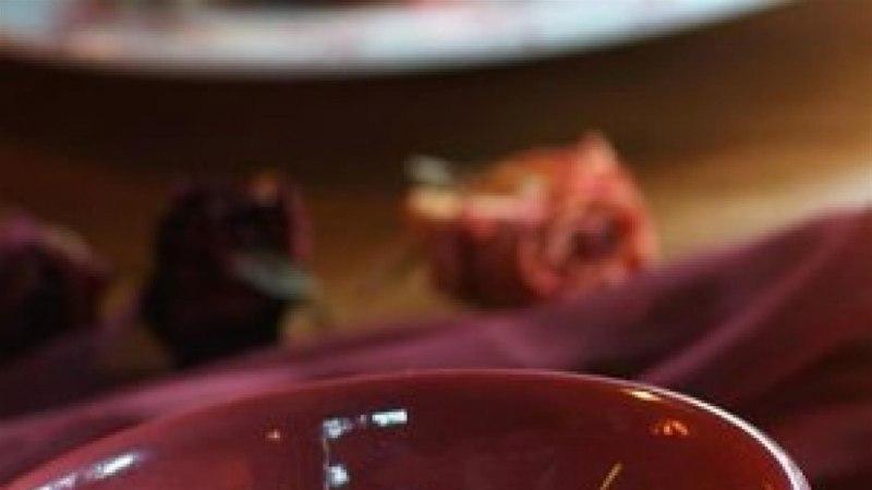 Kõrvitsa-püreesupp karamellistatud pähklitega