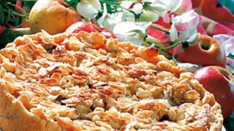 Mandlikattega õunapirukas