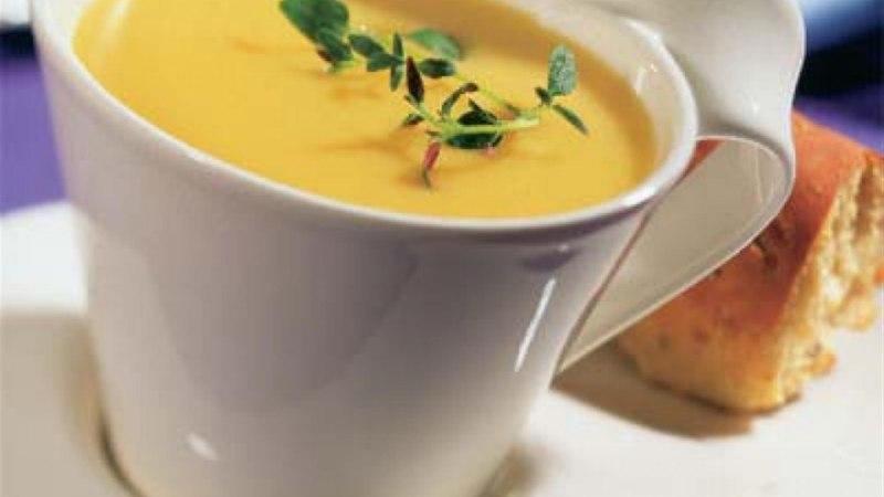 Apelsini-köögivilja püreesupp