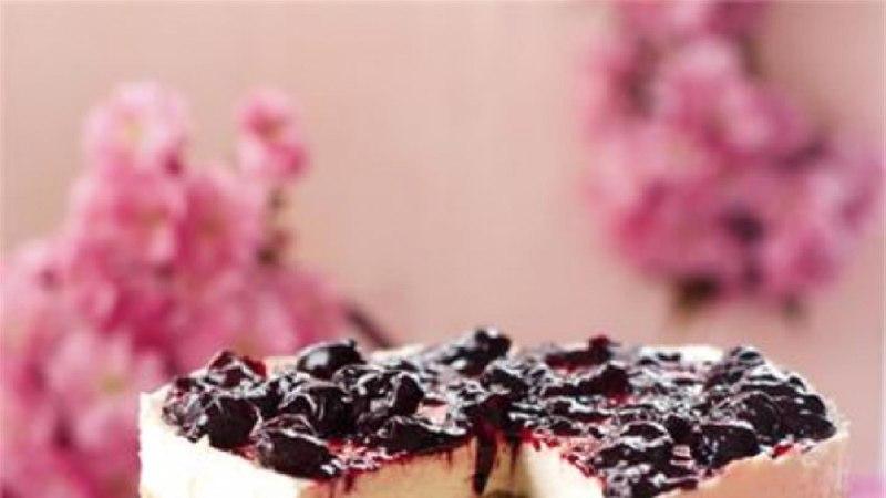 Nigella küpsetamata kirsi-juustukook