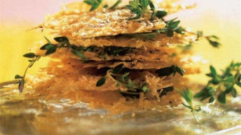 Pitsilised parmesanilaastud