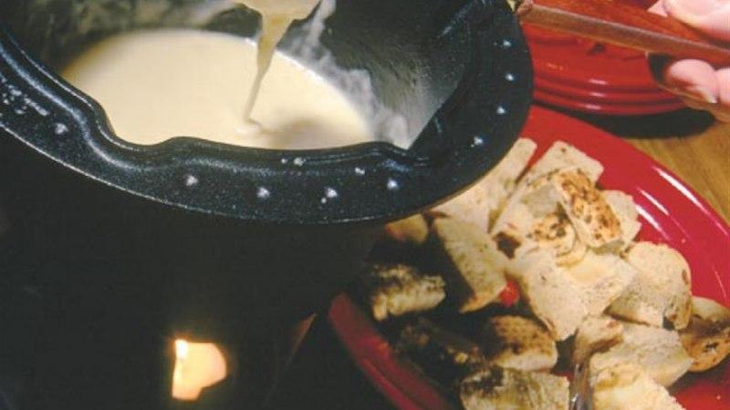 Šveitsi juustufondüü