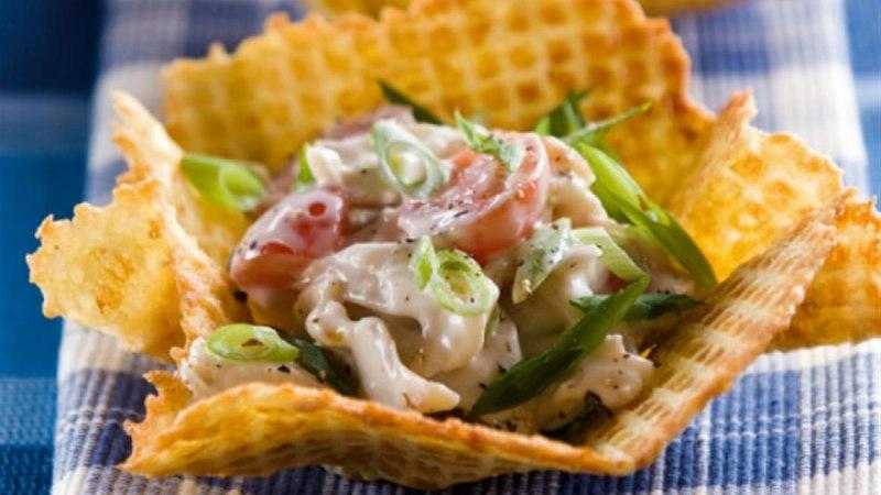 Kartulivahvlid salatitäidisega