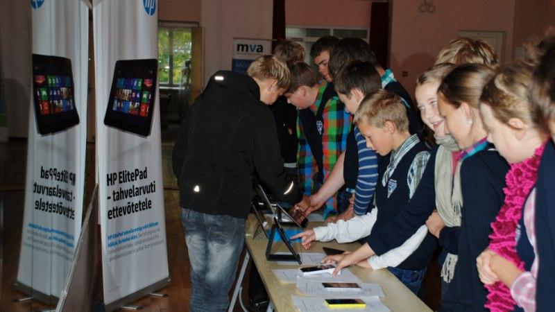 PROBLEEM: Eesti paljudes koolides on arvutitunnid lootusetult iganenud