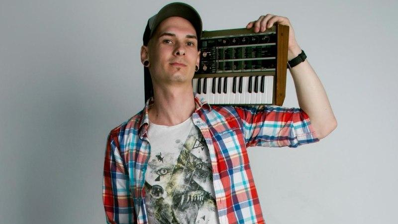 Eesti EDM artist centron andis Inglismaa plaadifirma alt välja oma debüüt EP
