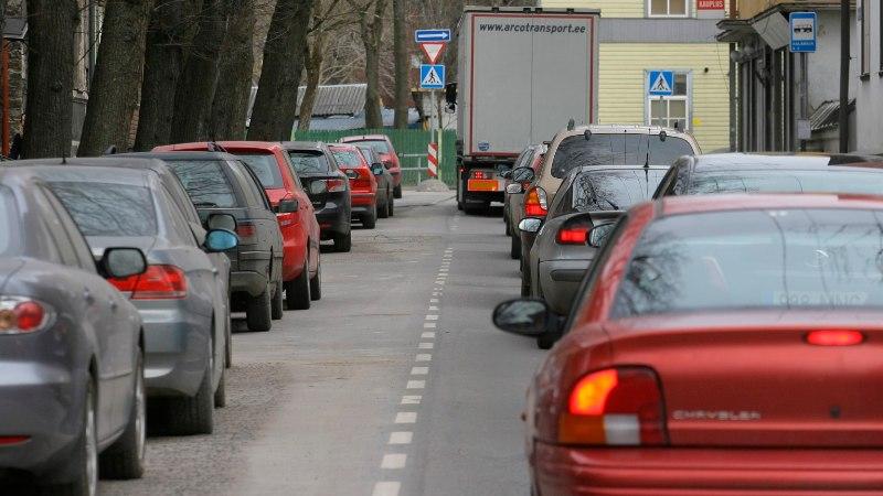 Tallinlasi tervitasid hiigelummikud. Varuge aega ka homme!