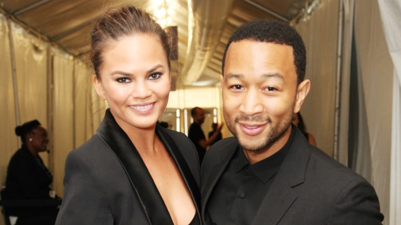 John Legend abiellus modelliga