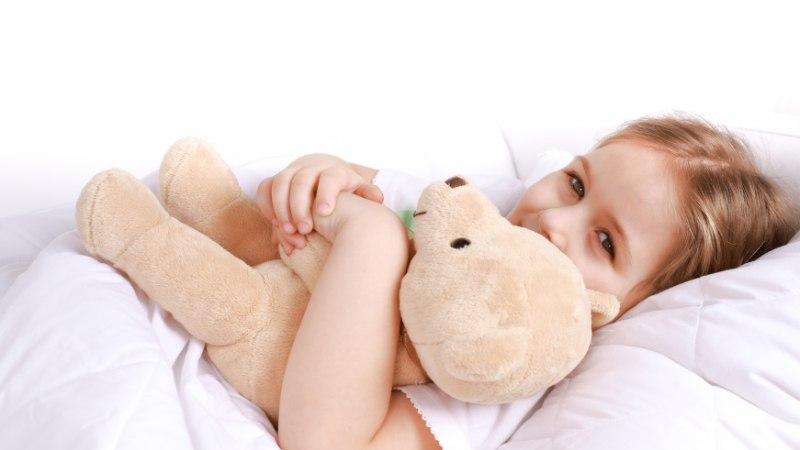 Kirbuturul saab haige 3aastase tüdruku toetuseks osta tuntud inimeste poolt annetatud asju
