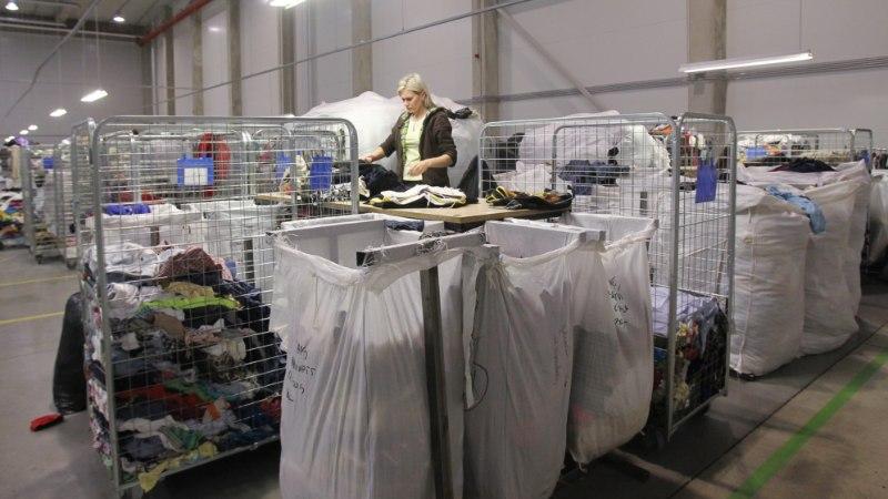 GALERII: vaata, kuidas Humanas tonnide viisi riideid sorteeritakse