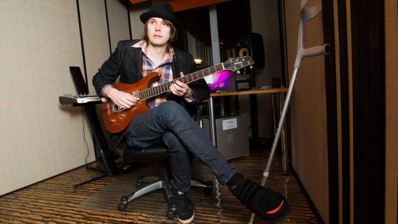 """Karl Kanter: """"Murdsin kitarrimängu pärast jalaluu!"""""""